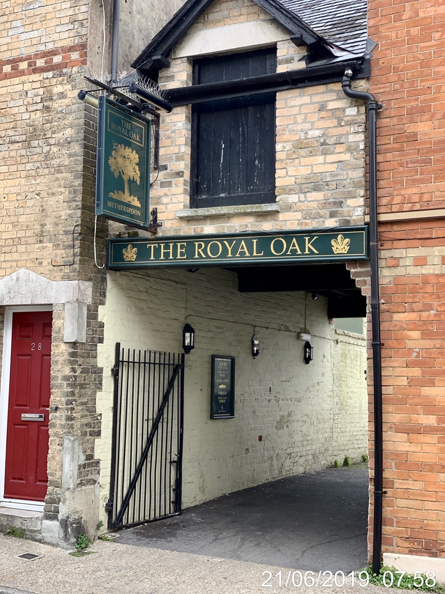 The Royal Oak - Wetherspoons
